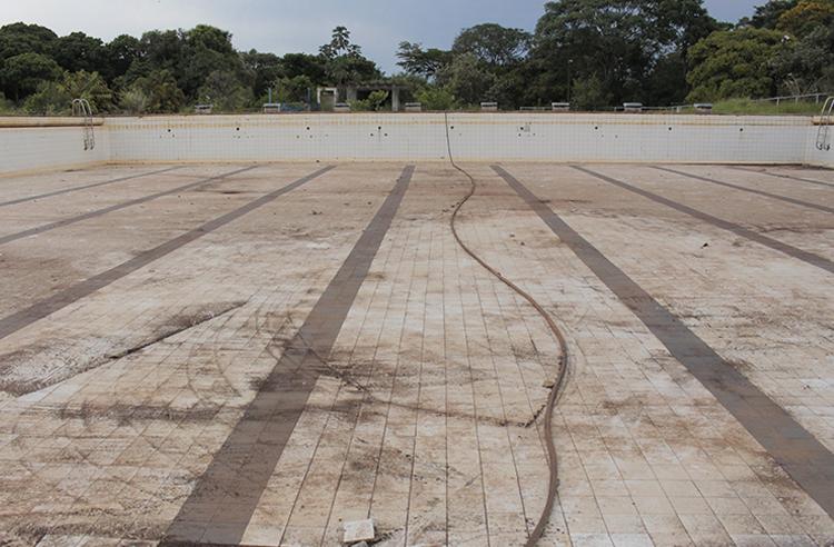 Prefeito José Fernandes anuncia reforma do Centro Social Urbano que passará a se chamar Eco Parque