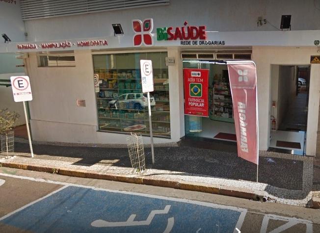 Cresce o consumo de remédios manipulados no Brasil e farmacêutico orienta sobre produtos
