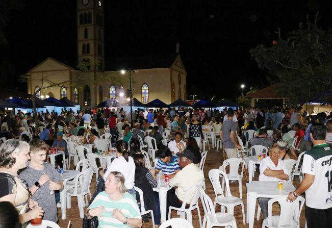 Primeira edição da 'Feira da Lua' em Florínea é sucesso de público e Prefeitura confirma novas datas