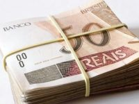 Idosos são alvo fácil de empréstimos consignados irregulares e Procon orienta como fugir dos golpes