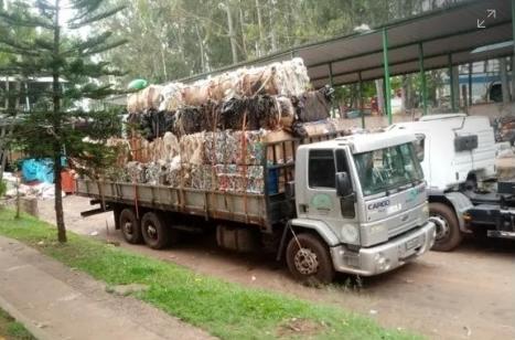 Coocassis promove ações de conscientização sobre coleta reciclável nos bairros de Assis