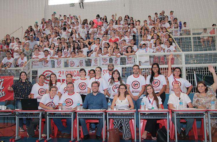 Escolas vencedoras da gincana em combate à dengue receberam premiações