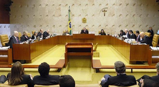 Advogado analisa decisão do STF em proibir prisão de condenados na segunda instância