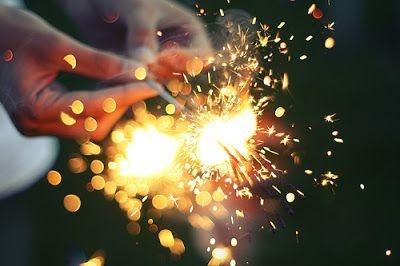 Corpo de Bombeiros orienta uso seguro de fogos de artifícios neste final de ano