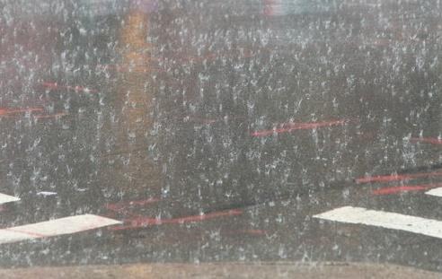 Período das 'chuvas de janeiro' beneficia agricultura e atrapalha cronograma de recapeamento asfáltico da Prefeitura