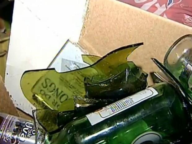 Nos últimos 60 dias, lixo com material cortante causou dez acidentes em coletores de Assis